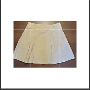 Vintage Old Navy khaki pleated skirt size 12 knee